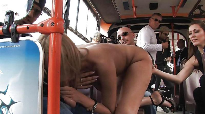 секск в автобусе